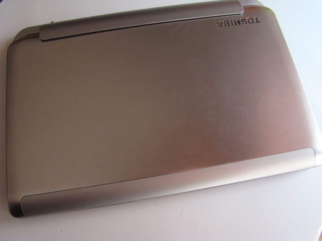 notebook toshiba satellite w40dt 1 20140519 1934905632