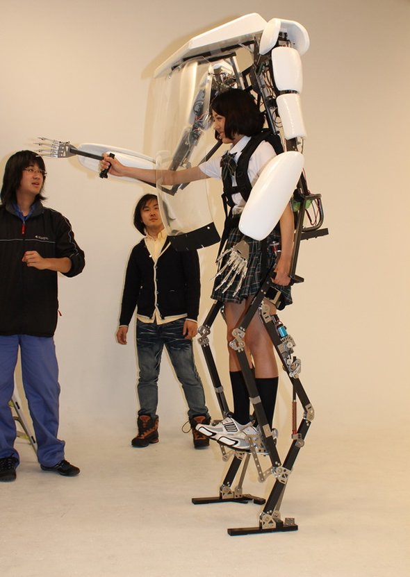 exoskeleton-suit-4