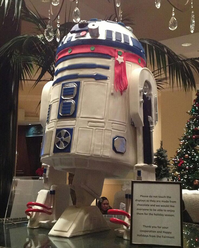 life-sized-r2-d2-2